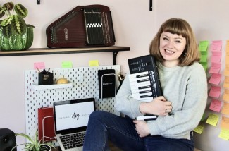 isobel-anderson-girls-twiddling-knobs-podcast