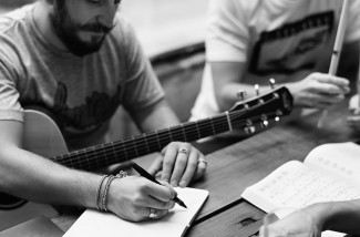 songwriting-bw