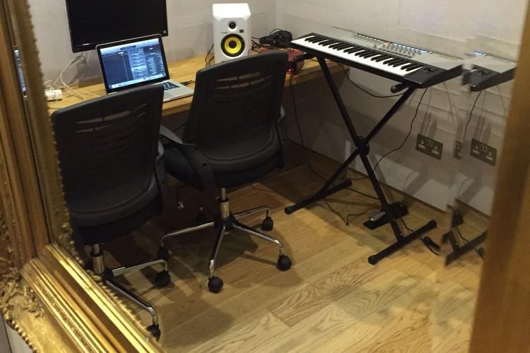 Chelsea Writing Room
