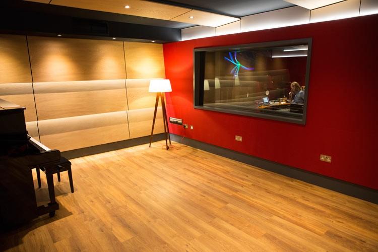 tile-yard-live-room-london