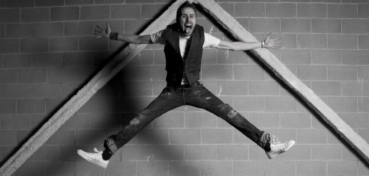 Aguz Gonzalez-Lancharro jumping