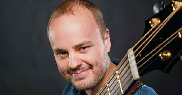 Andy McKee Masterclass at the Institute