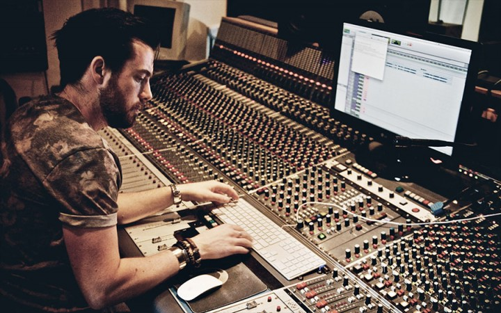 Charlie Thomas | Music Production Tutor | ICMP London
