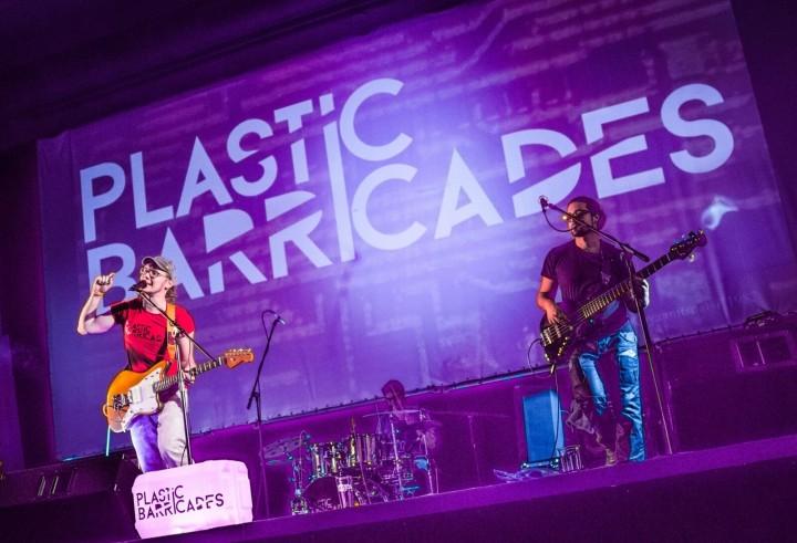 Interview: Plastic Barricades
