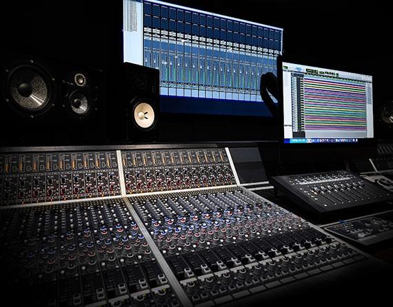 audient-desk-london-music-production-course