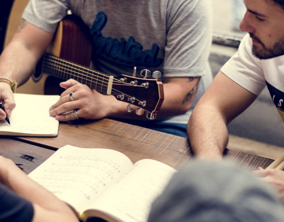 Learn to write songs in London